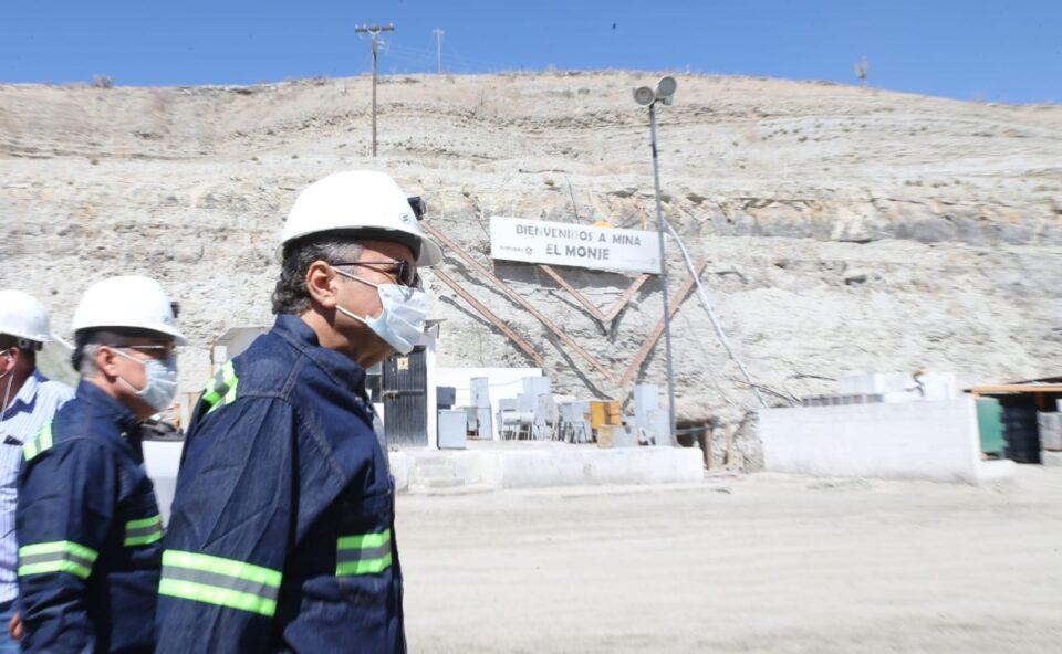 Director de Pemex visita mina El Monje en BCS
