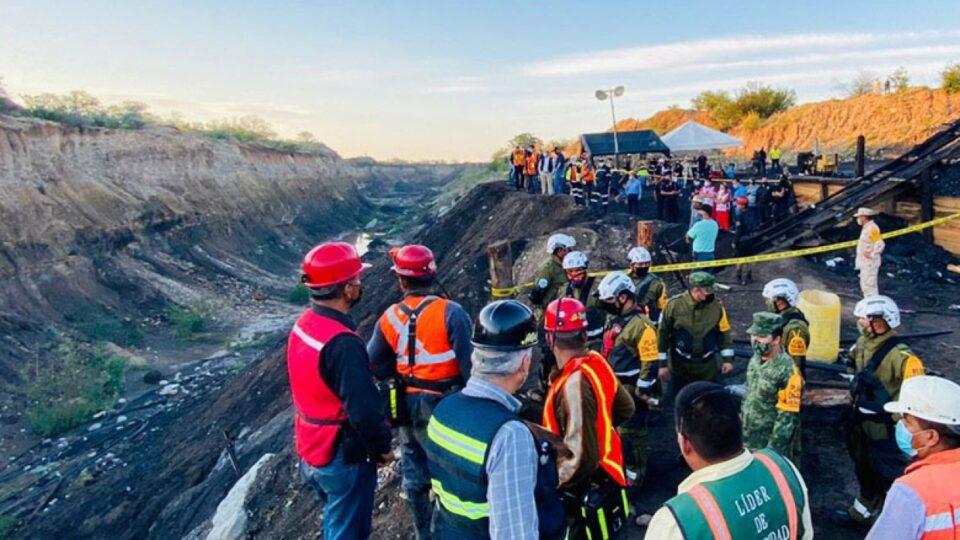 Confirman muerte de los 7 mineros en Coahuila