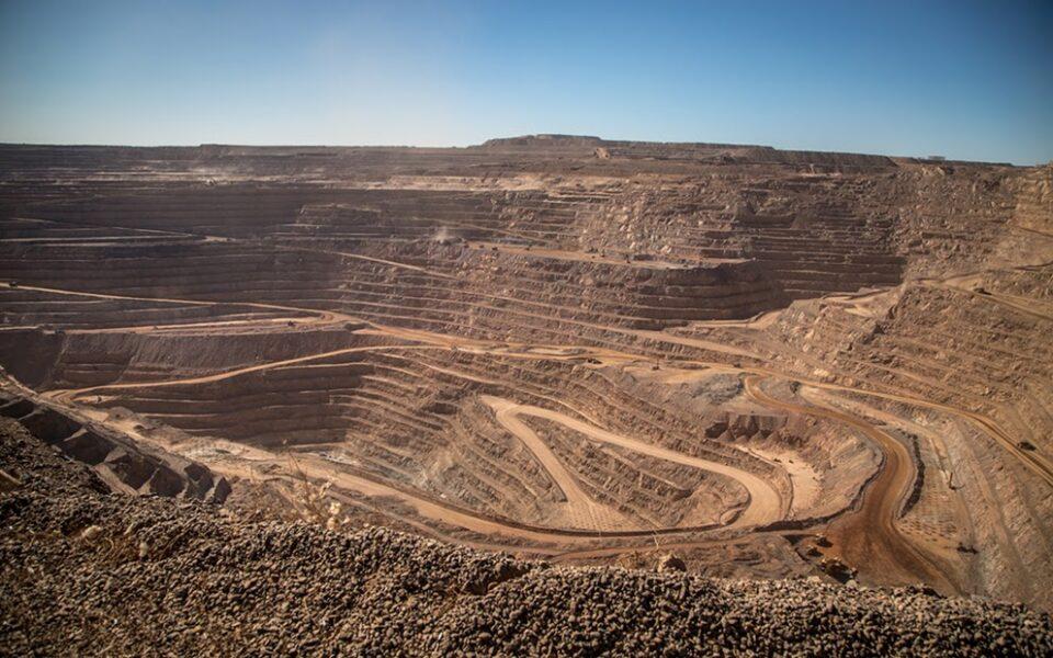 Fresnillo aumenta producción semestral de oro y plata