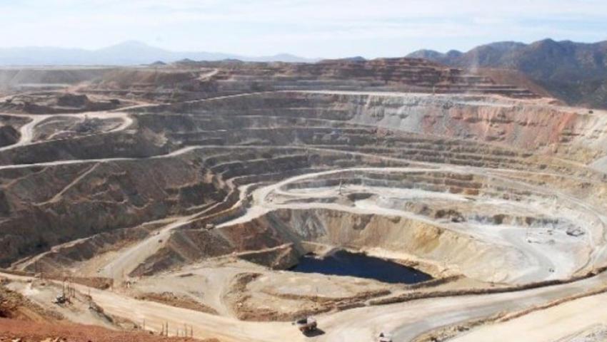 AMLO creará programa de justicia para mina Cananea