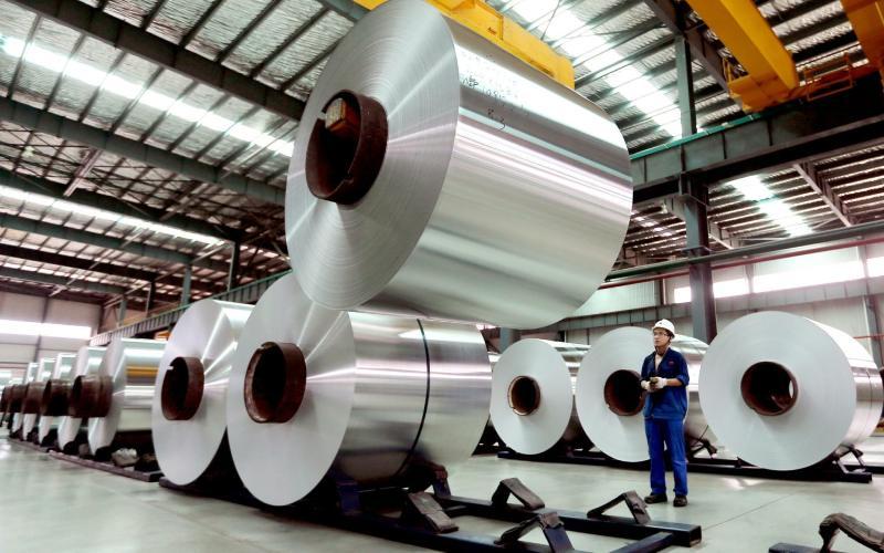 Aluminio vuela a 3,000 dólares; máximo desde 2008
